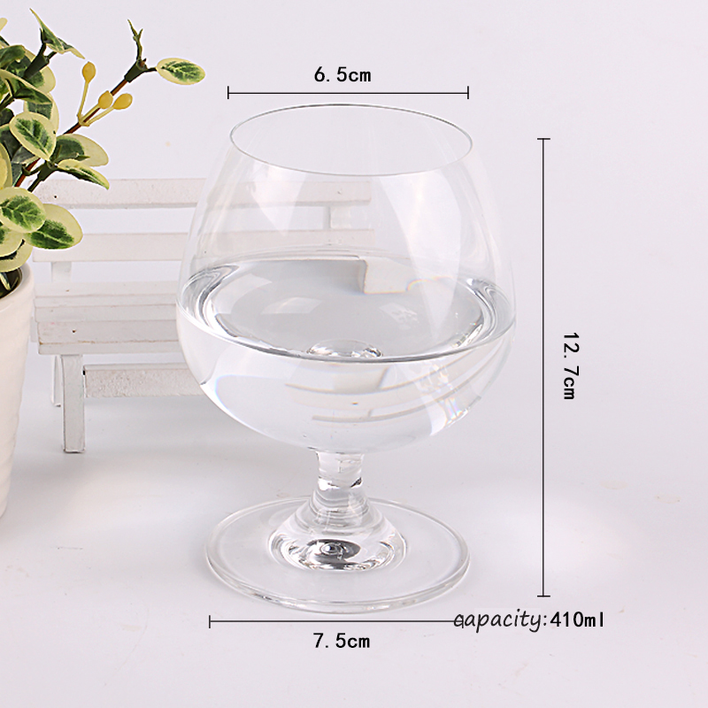 different kinds of brandy glasses