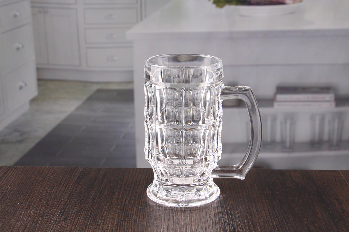 Chalice pint glasses