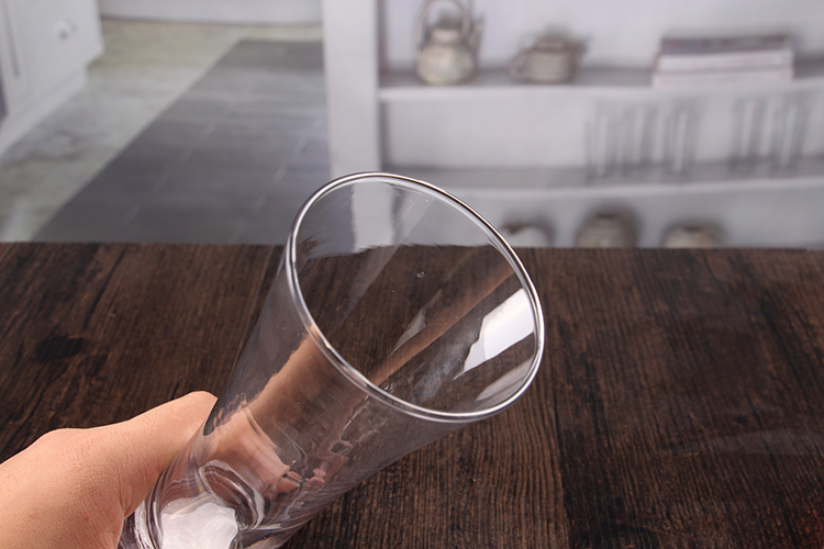 Wide mouth beer glasses