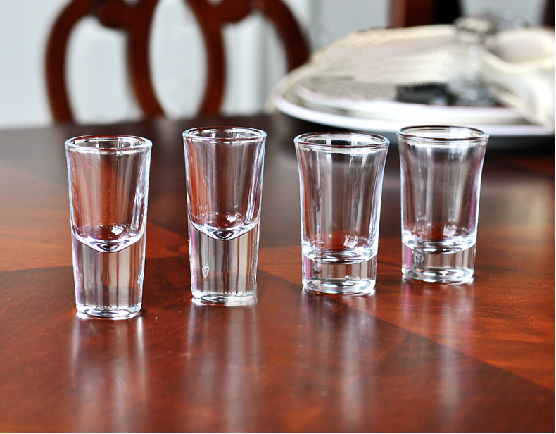 Bullet shot glass,glass shot glasses manufacturer