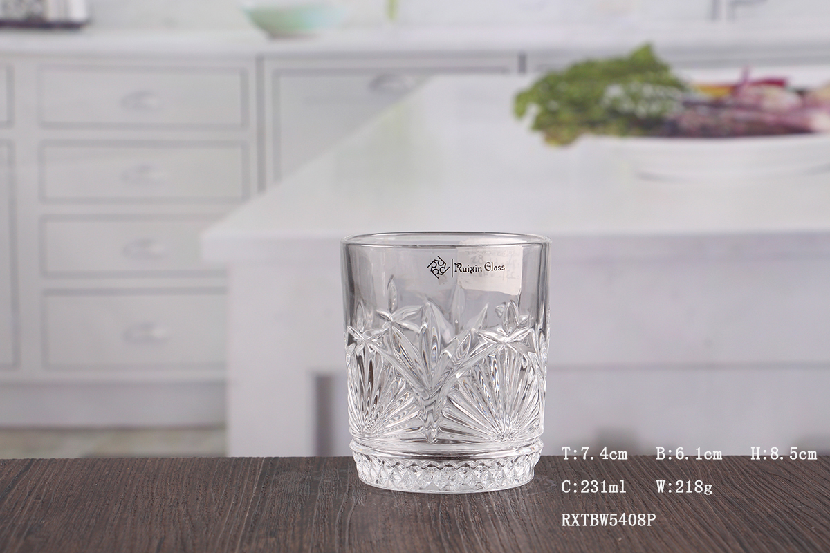 Cut Glass Whisky Tumblers suppliers