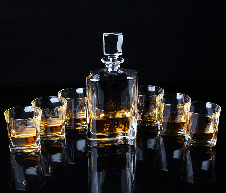 China Whiskey Glass Sets Factory Unusual Whisky Glasses