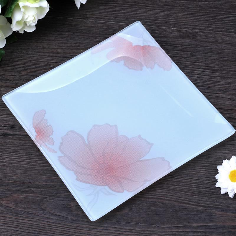 white glass plate