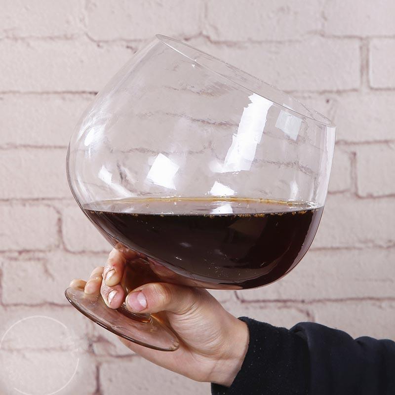 Картинка огромный бокал вина