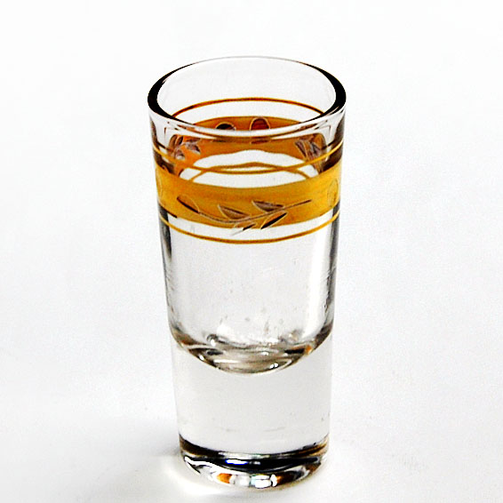 gold rimmed Whiskey glasses