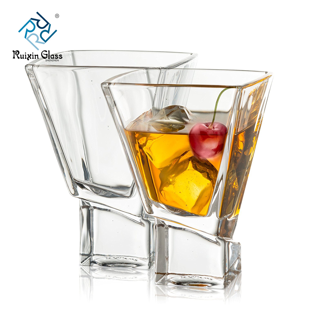 Why do whiskey glasses need to be customized?