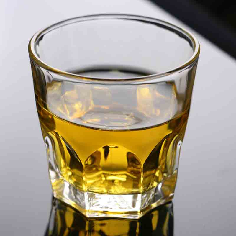 China Supplier Wholesale Custom Small Whisky Glasses