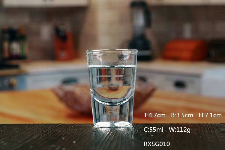 Cheap 2oz thick bottom shot glass