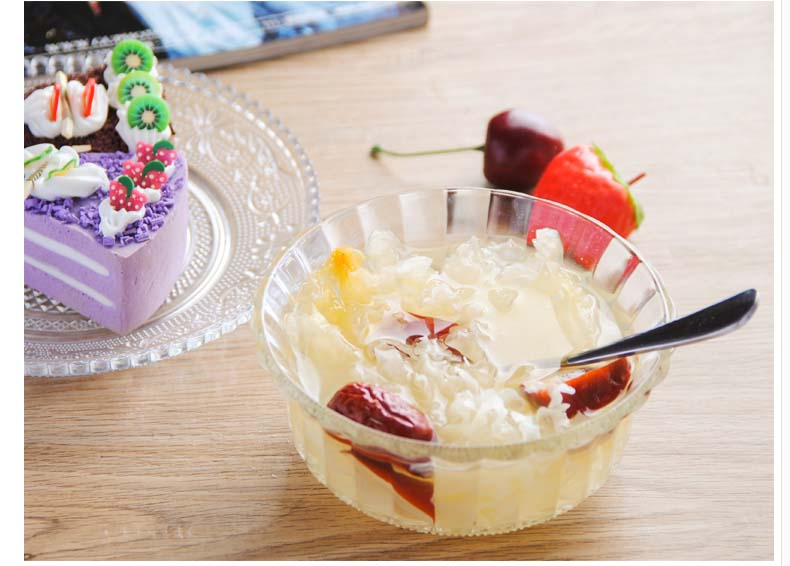 glass dessert bowls