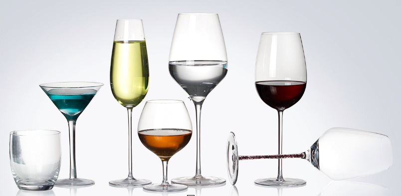 f2e8300f42e5 Wine glasses can be roughly divided into three types  red wine glasses