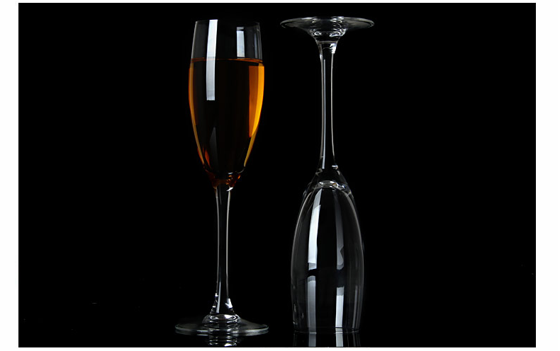 contemporary champagne glasses