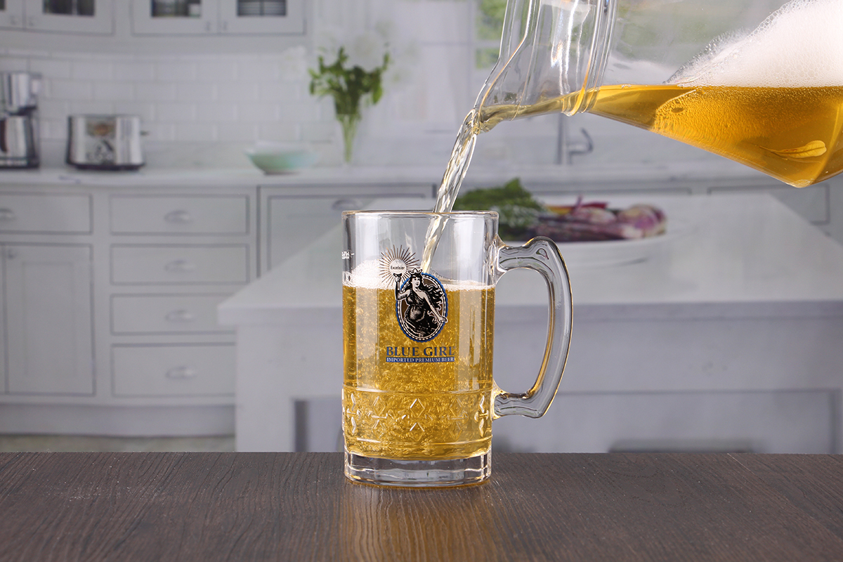 beer glasses with handle