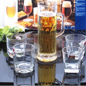 600ml and 900ml extra large glass beer mug supplier