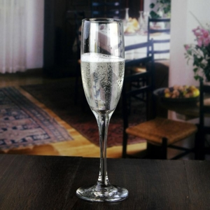 China best champagne flutes for sale wholesale