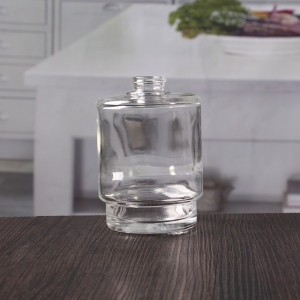 China best fragrance reed diffuser glass bottle manufacturer