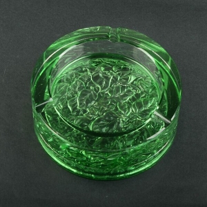 China glass ashtray factory unusual green ashtrays wholesale