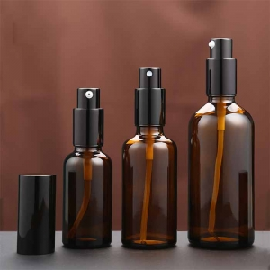 China hot selling glass spray bottles wholesale