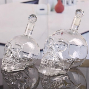 China skull decanter factory skull wine bottle bulk glass decanter wholesale