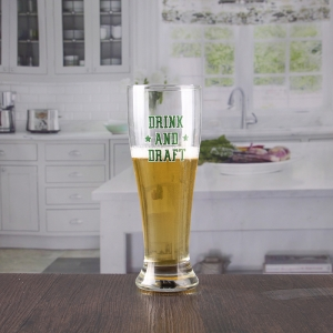 China tall pilsner beer glass with custom logo manufacturer