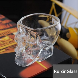 Factory direct wholesale 80ml 150ml cheap glass skull cup bar wine glasses with skulls