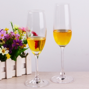 Hot selling cheap champagne glasses manufacturer