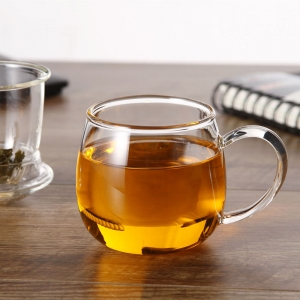 Hot selling glass tea cup with lid