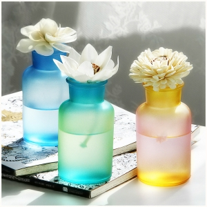 Rainbow fragrance bottle diffuser scents,vanilla reed diffuser manufacturer