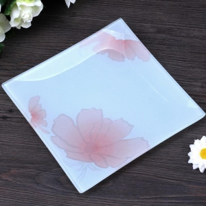 Shatterproof square white glass plate manufacturer