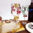 China Custom patterns hand painted christmas tree wine glasses wholesale factory