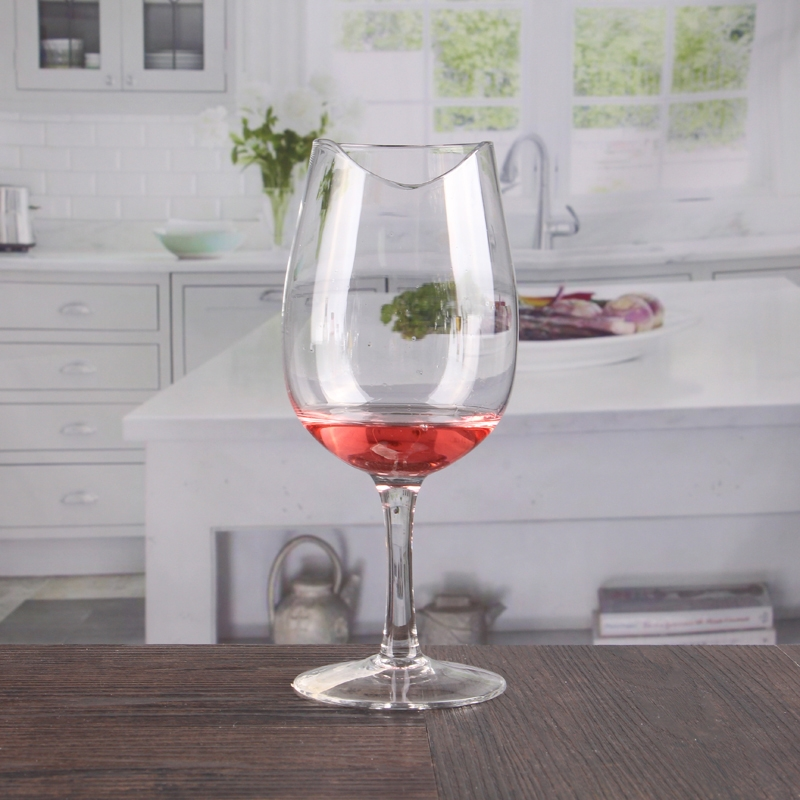 16 Oz Unusual Notch Wine Glasses With Short Stem Wholesale