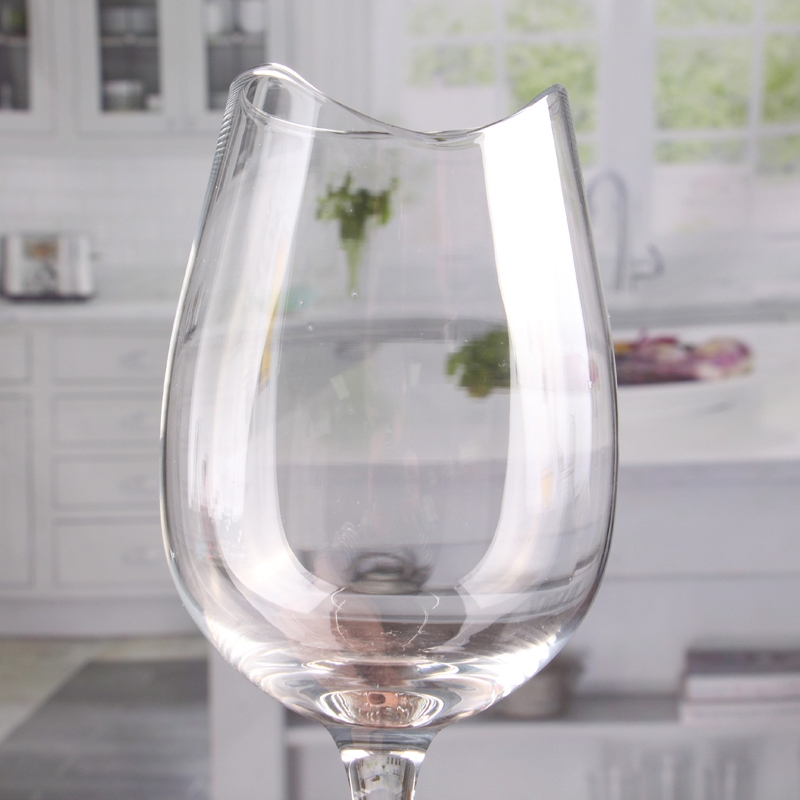 16 oz inhabituelle encoche vin verres avec tige courte en gros. Black Bedroom Furniture Sets. Home Design Ideas