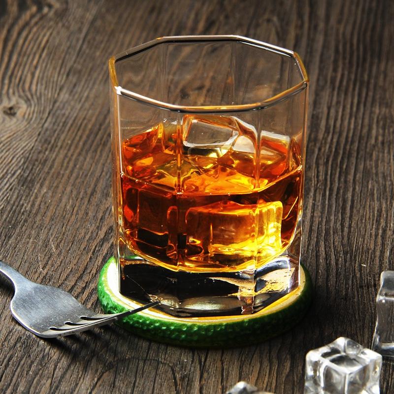fabricant de verre de whisky personnalis et grossiste. Black Bedroom Furniture Sets. Home Design Ideas